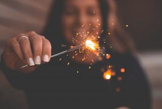 sparks-unsplash-850x575